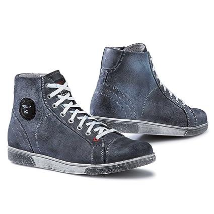 5eb8bc2977fce Amazon.com: TCX X-Street Waterproof Boots (3.5) (Blue): Automotive