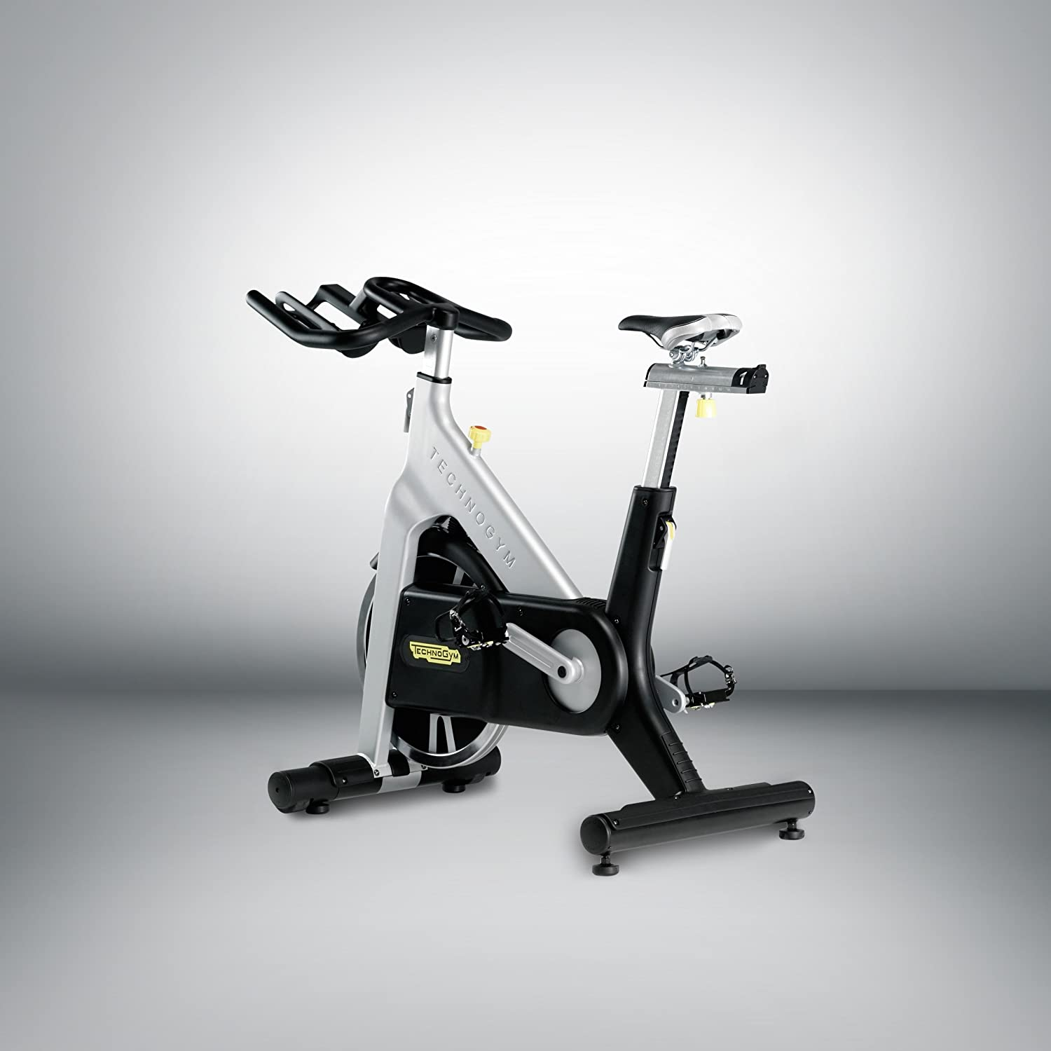 Technogym Group cycle, transmisión por cadena