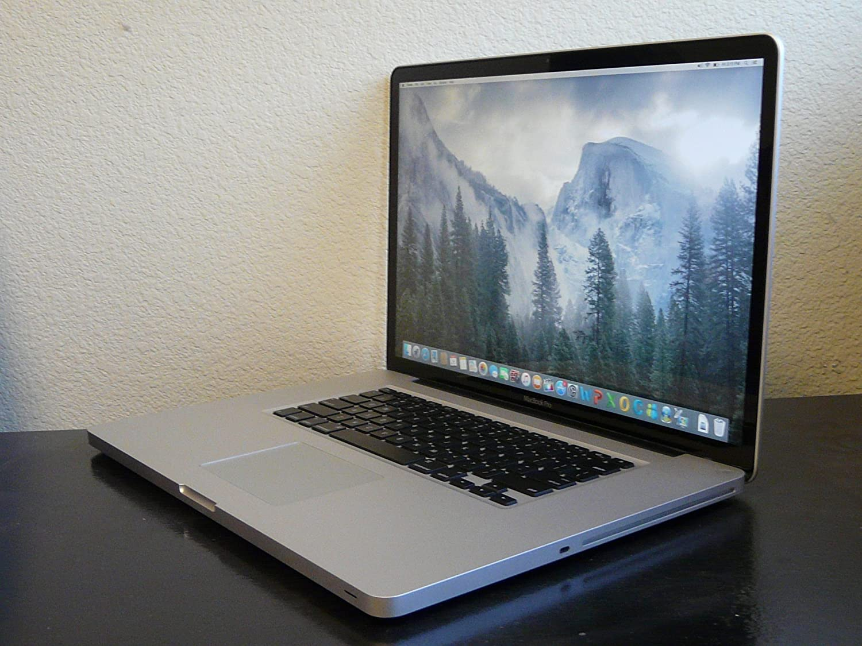 amazon com apple macbook pro 17 inch laptop quad i7 2 2ghz 16gb