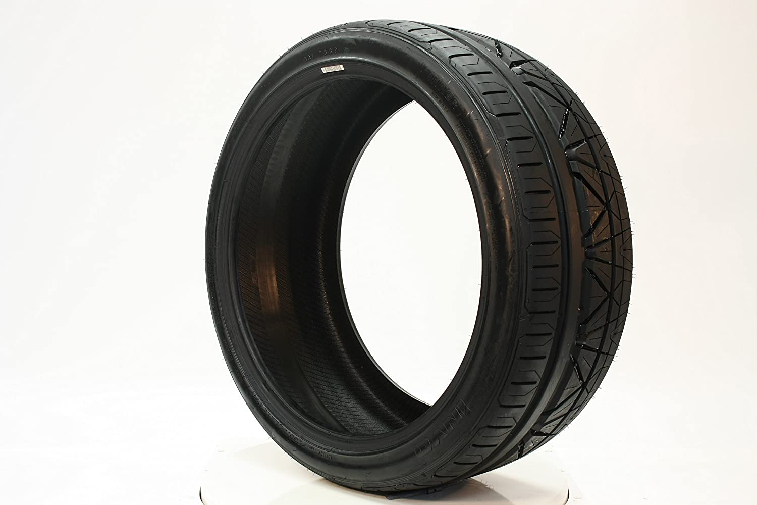 Nitto INVO High Performance Tire 285//35R19 99Z