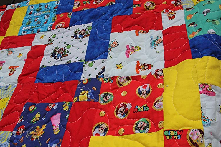 Amazon.com: Happy Gaming Video Game Inspired Quilt with ...