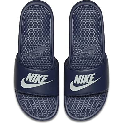 premium selection a35f2 9443f Nike Men s Benassi Just Do It Athletic Sandal, Midnight Navy, 10 D(M