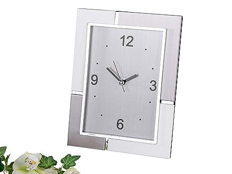 Moderno Reloj de mesa Reloj Decorativo muy noble de aluminio plata/blanco 18x22 cm