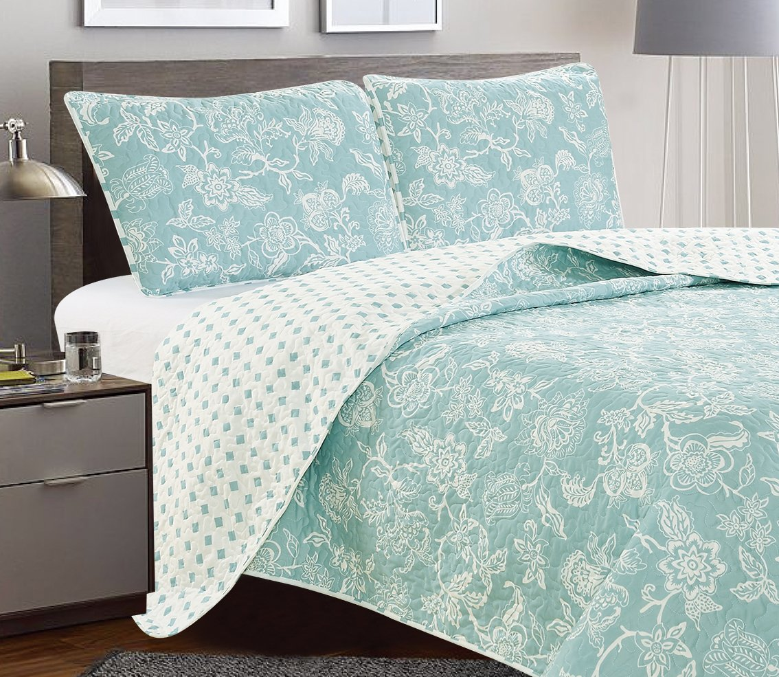 Reversible Quilt Set with Shams
