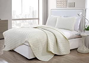 VCNY Home Nina Bedding Collection Luxury Premium Ultra Soft Quilt Coverlet, Comfortable 3 Piece Set, Modern Geometric Design For Home Hotel Decor, King, Ivory