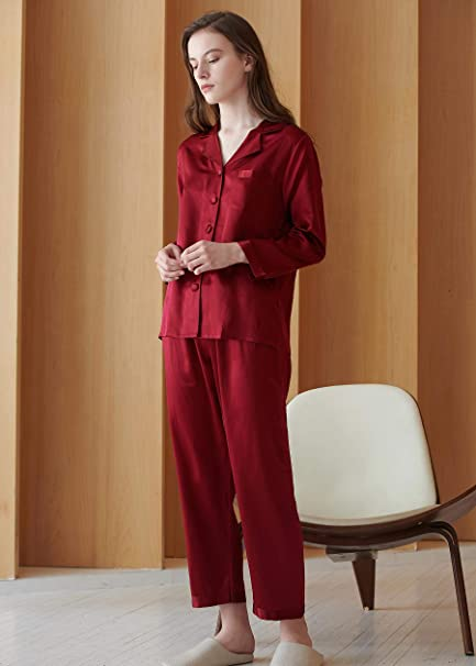 758819c02a LILYSILK Silk Pajamas for Women Comfy Two Piece Set Long Sleeve Pure  Mulberry Natural Silk Sleepwear Ladies  Amazon.co.uk  Clothing