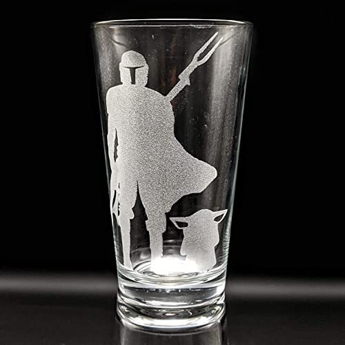 MANDALORIAN EMBLEM Engraved Star Wars Inspired Pint Glass