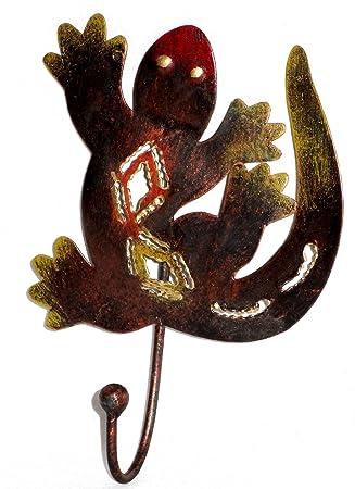 Perchero con gancho de hierro forjado - Diseño de salamandra ...