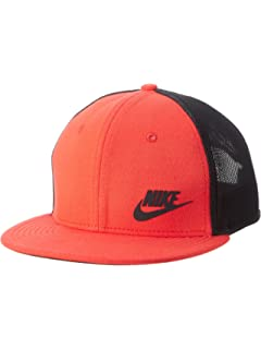 Nike Trucker Cap In White 739418 100