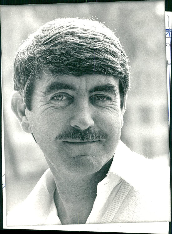picture John Alderton (born 1940)