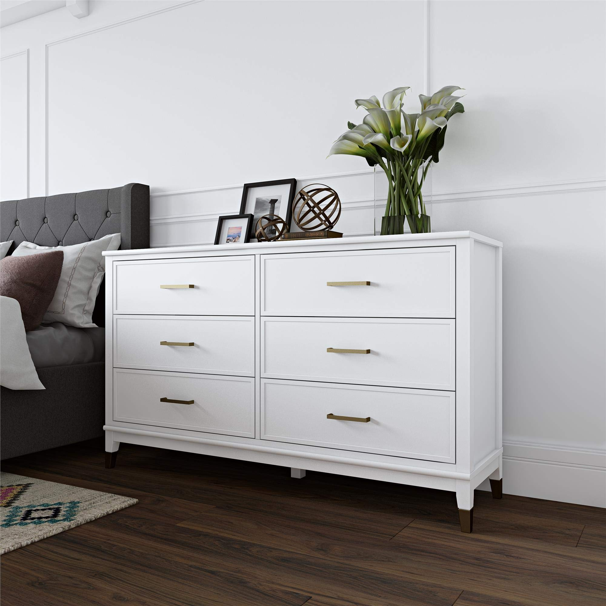 CosmoLiving Westerleigh 6 Drawer Dresser, White by CosmoLiving by Cosmopolitan
