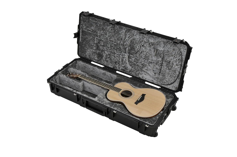 SKB Injection Molded Classical ギターケース - TSA Latches, with wheels (3i-4217-30) アコースティックギター アコギ ギター (並行輸入) B007F8JNEY
