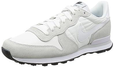 0fabfc4074cf NIKE Men s Internationalist Low-Top Sneakers