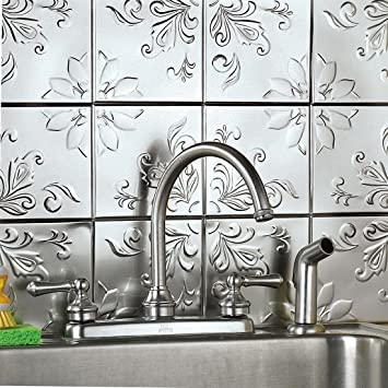 Brylanehome Floral Embossed Tin Tiles Silver 0
