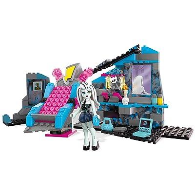 Mega Bloks Monster High Frankie Stein's Electrifying Room Building Set: Toys & Games