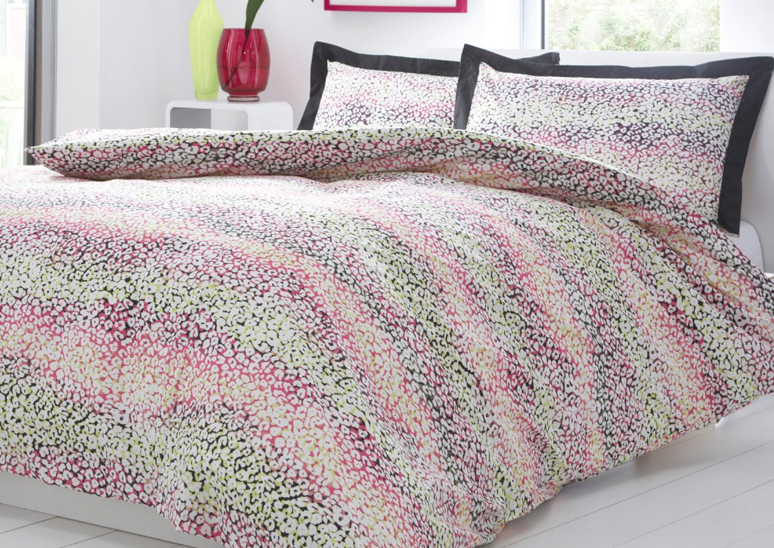 Pink leopard print bedding - Leopard Bright Animal Print Single Bed Size Black Pink Yellow Duvet Cover Quilt Bedding Set Hallways Amazon Co Uk Kitchen Home