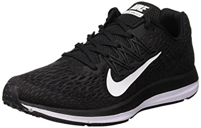 timeless design 33d19 b25c3 Nike Zoom Winflo 5   Blk-WHT-Anthrct  Buy Online at Low Prices in India -  Amazon.in