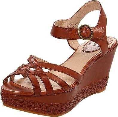 7bea033c26045 Amazon.com  FRYE Women s Carlie 2 Piece Sandal