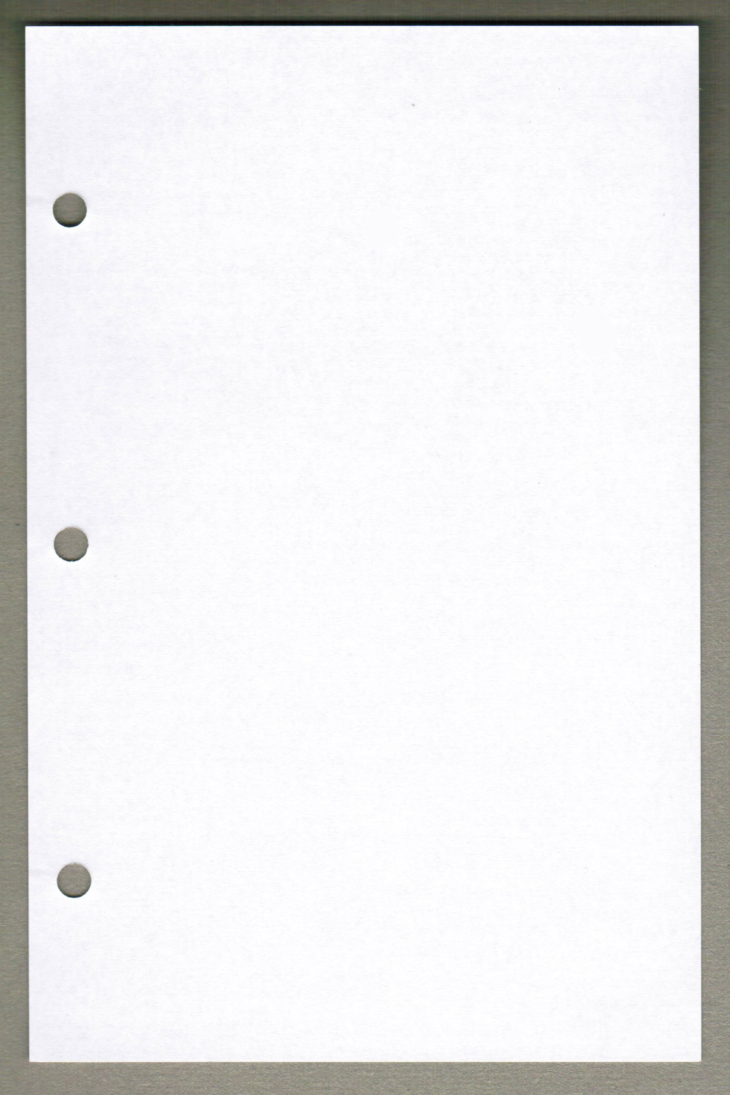 Linco Unruled Filler Paper, 5.5'' x 8.5'', White, 3-holes, 24lb, 100 Sheets