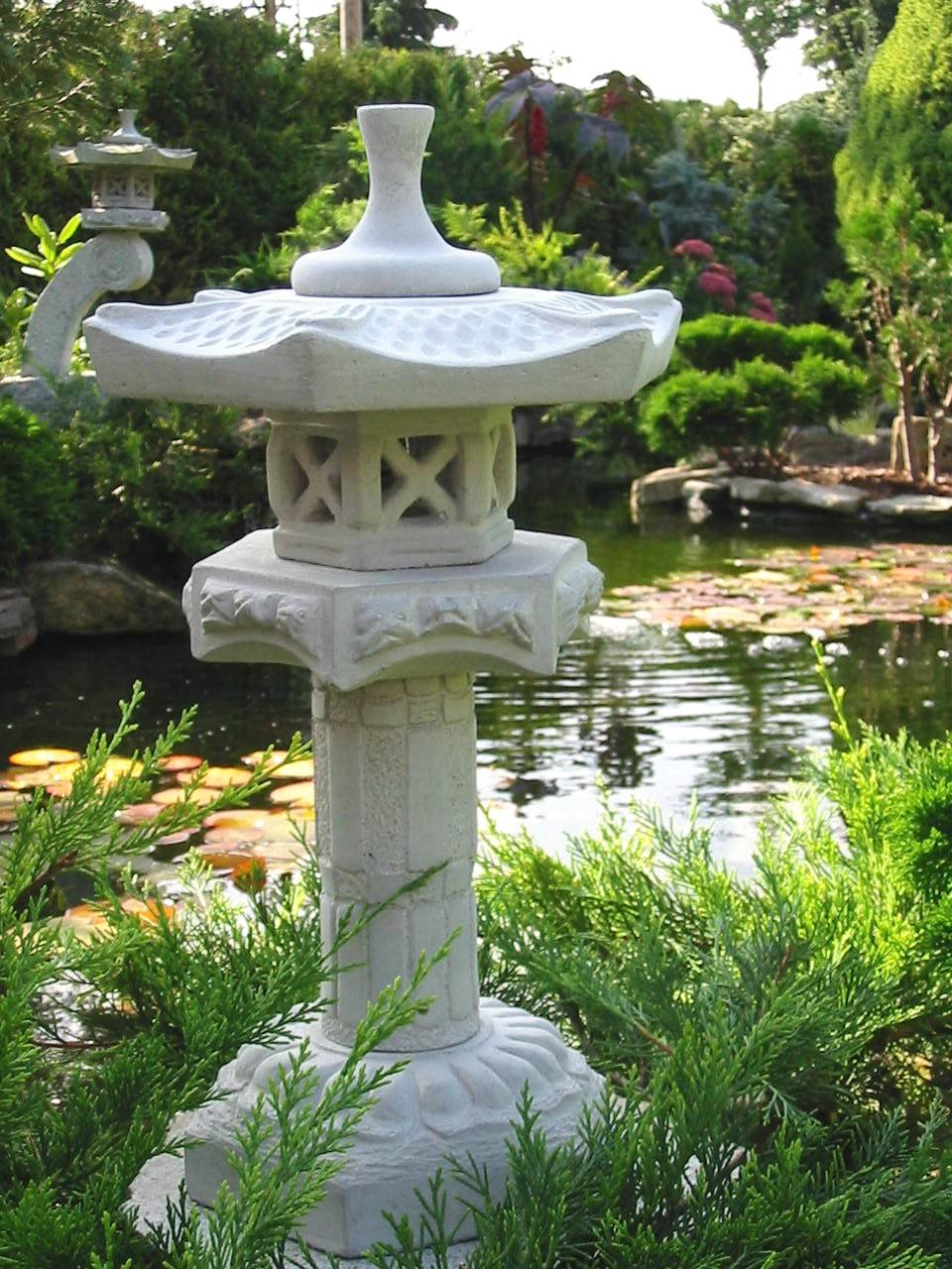 Yukimi auf Säule S japanische Steinlaterne