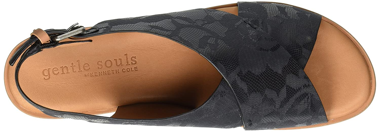 Gentle Souls by Kenneth Cole Women's Kiki Platform Sandal B0789W4RSY 9.5 M US|Black Printed