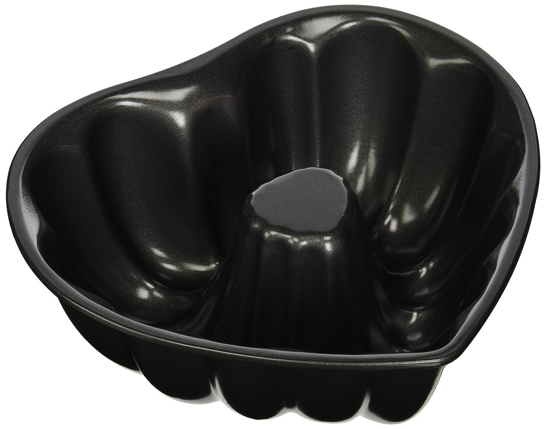 Wilton 8 Heart-Shaped Fluted Tube Pan 2105-3111