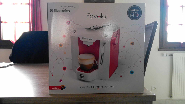 Electrolux FAVOLA ELM5100RE - Cafetera cápsulas, 15 bares, color rojo/blanco ártico: Amazon.es: Hogar