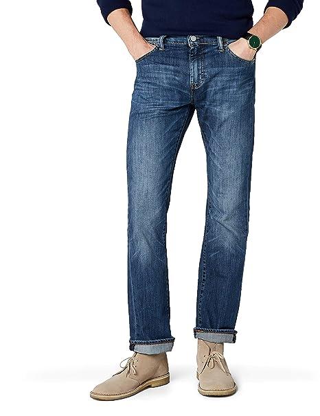 12701fafb7 Levi s Men s 527 Slim Boot Cut Jeans