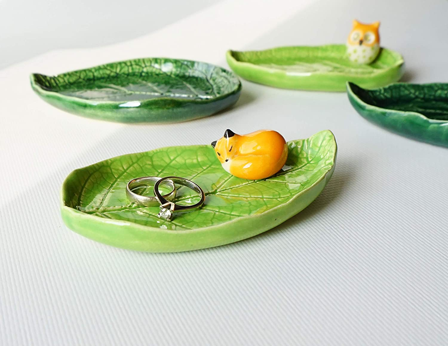 Handmade Ceramic Sleeping Fox Leaf Dish