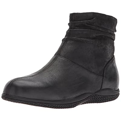 SoftWalk Women's Hanover Ankle Bootie | Ankle & Bootie