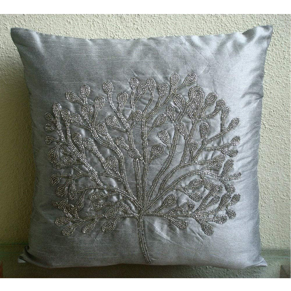 Amazon.com: Hecho a mano plata Accent Pillows, abalorio ...