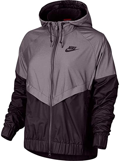 Nike Women s Sportswear Windrunner Jacket (Port Wine e216dbc1f685