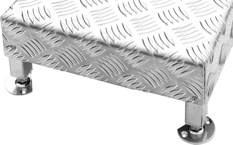 Demi-marche /à hauteur r/églable avec option de fixation au sol de mani/ère permanente.