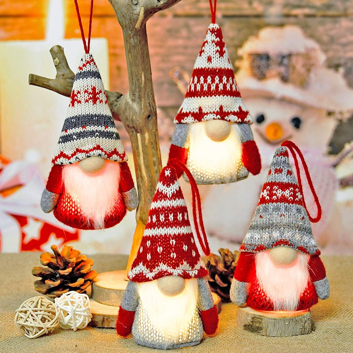 Gnome Christmas Decor Ornaments Set of 4, Handmade Swedish Tomte Gnomes Plush Scandinavian Santa Elf Table Ornaments Christmas Tree Hanging Decoration Home Decor
