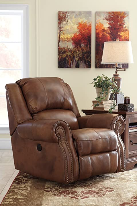 Ashley Furniture Signature Design   Walworth Recliner Chair   Manual  Reclining   Auburn Brown