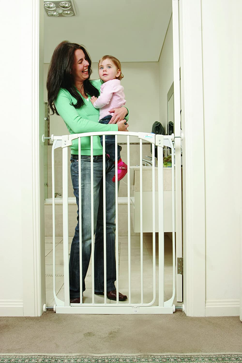 Dreambaby F190W Extra Tall Swing Closed Safety Gate (White/Black)