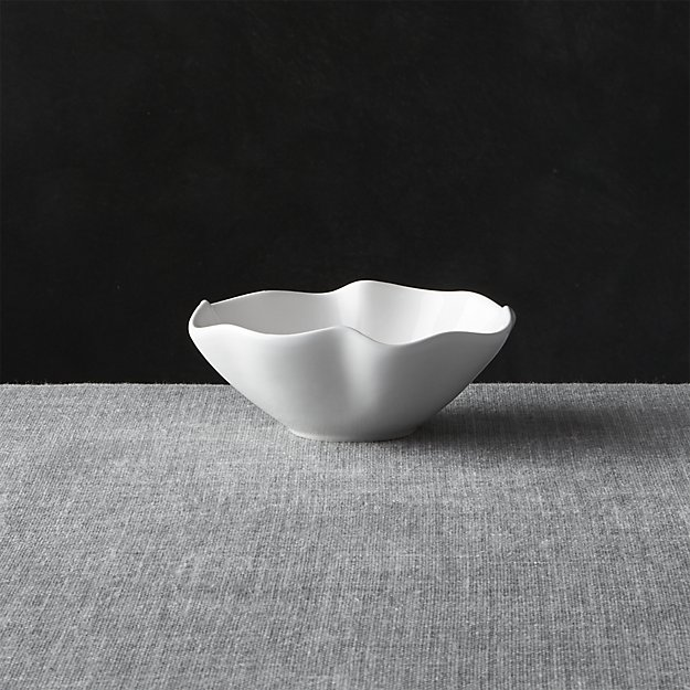 """White Ruffle 5.5"""" Dip Bowl 