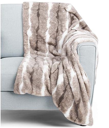 Amazoncom Kensie Faux Fur Throw Blanket In Gift Box Classic Beige