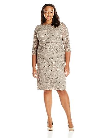 c8ab137e0a7 Jessica Howard Women s Plus Size 3 4 Sleeve Tucked Sheath Dress at Amazon  Women s Clothing store