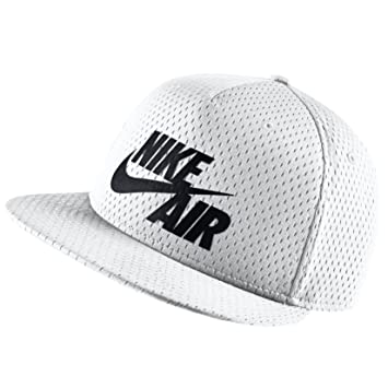 c3cff0a4c334 Nike Air Pivot True Snapback Cap (One Size, white black)  Amazon.de ...