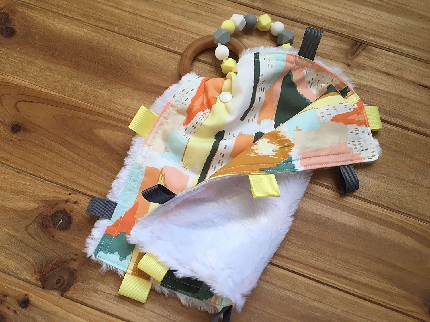 LOVEY BLANKET Teether with Organic Wood Teething Ring