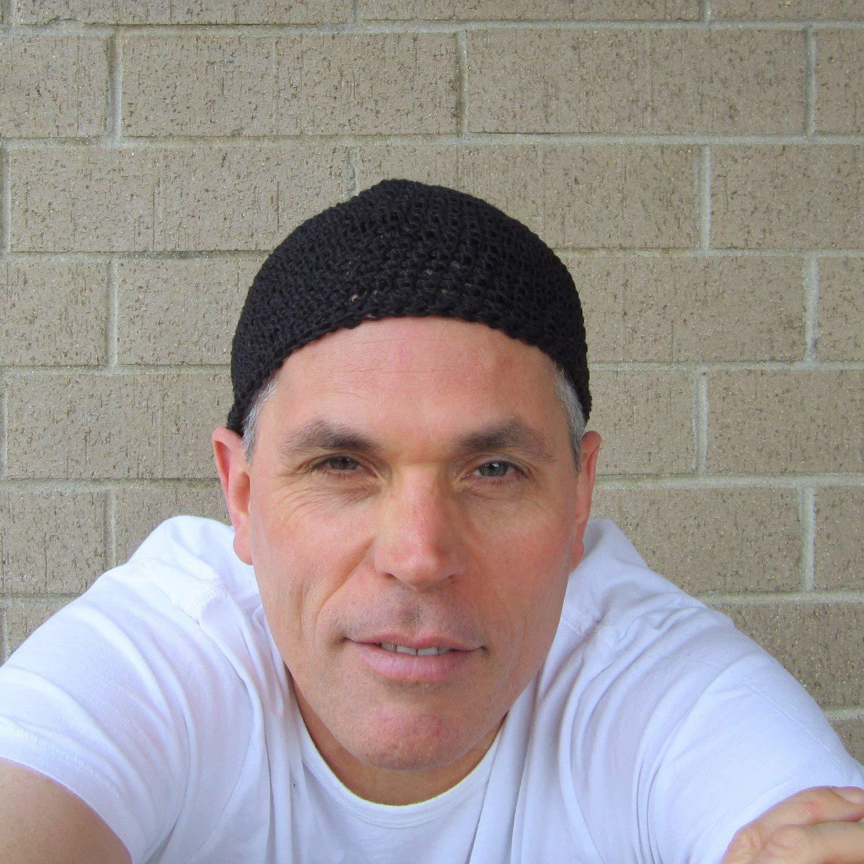 Men's Crochet Hemp Kufi in Black Extra Short
