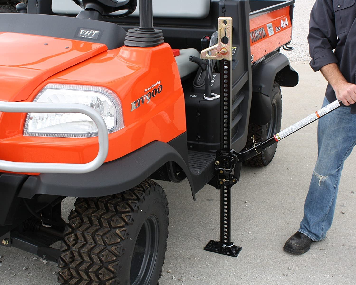 Roll-up jack for off-road vehicle: instruction and device