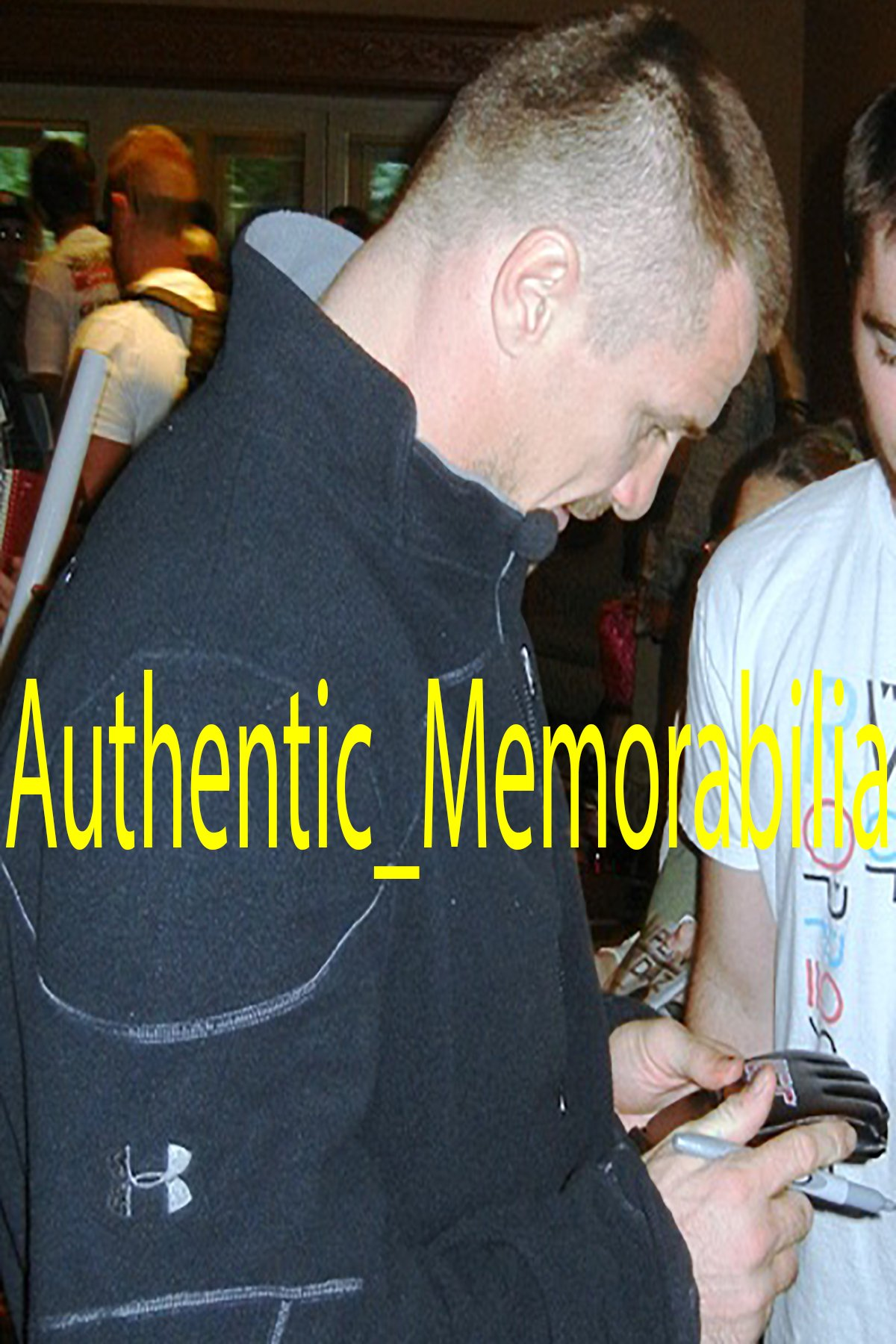Mirko Cro Cop Autographed Ultimate Fighting Championship Glove W/PROOF, Picture of Mirko Signing For Us, UFC, Pride, MMA