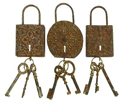 Deco 79 Set Of 3 Assorted Lock U0026 Key Wall Décor