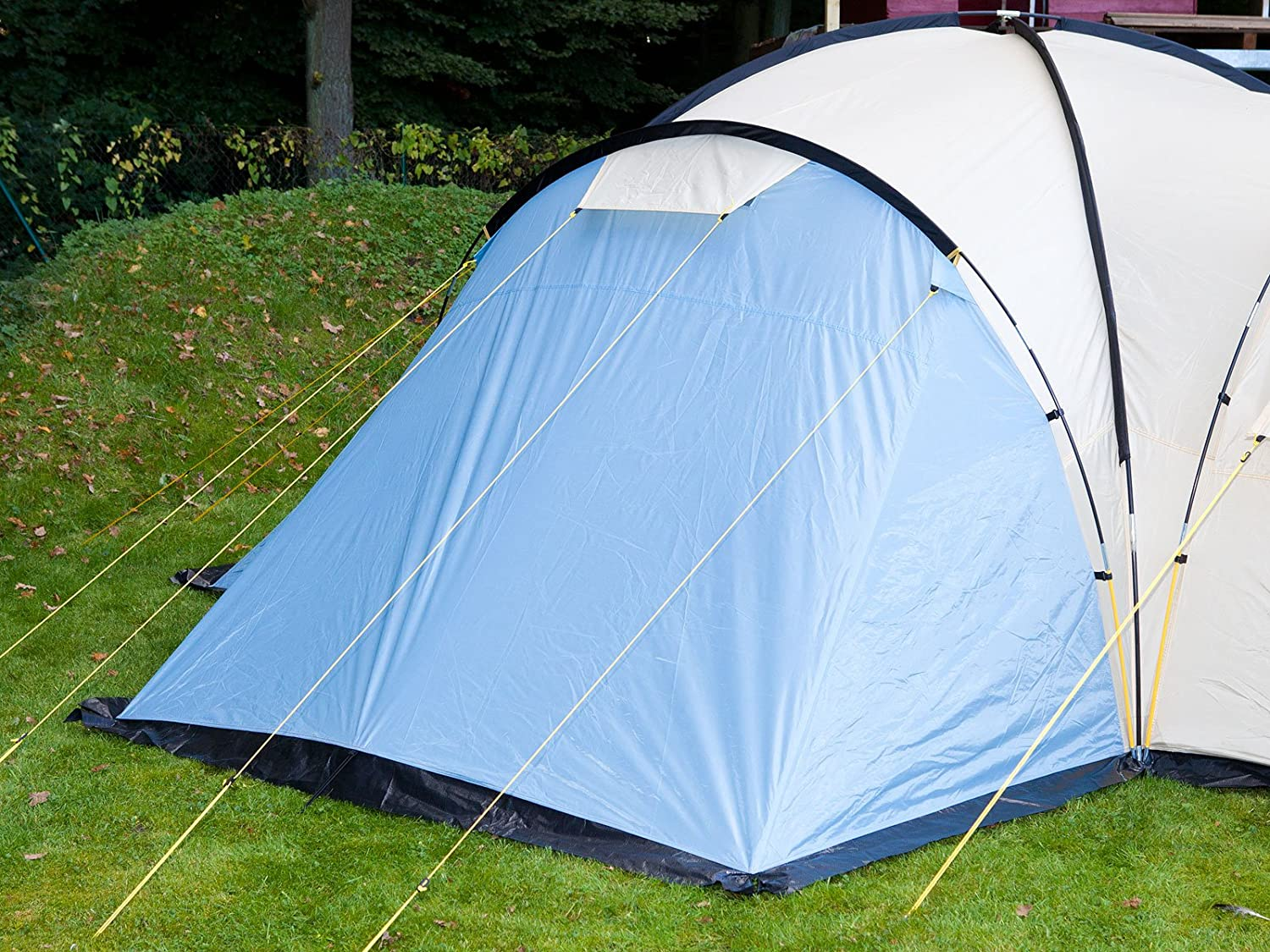 Skandika Toronto Large 8-Person Family C&ing Tent with 3 Sleeping Rooms and Sun Canopy Porch Blue/Beige Amazon.co.uk Sports u0026 Outdoors & Skandika Toronto Large 8-Person Family Camping Tent with 3 ...