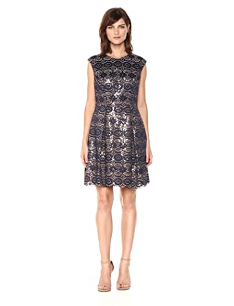 27be1b283680 Vince Camuto Women's Bonded Lace Fit and Flare Dress at Amazon ...