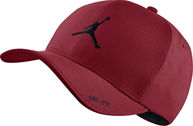 Amazon.com  NIKE Mens Air Jordan Classic 99 Fitted dad Hat Gym Red ... b8d03b0485b