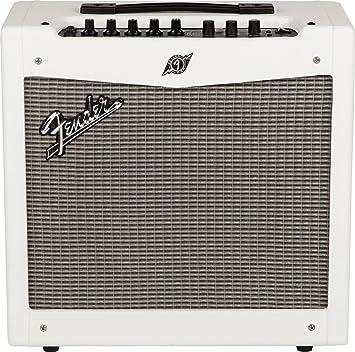 Fender Mustang II V2 Snow White S de amplificadores de guitarra de modelado Combos