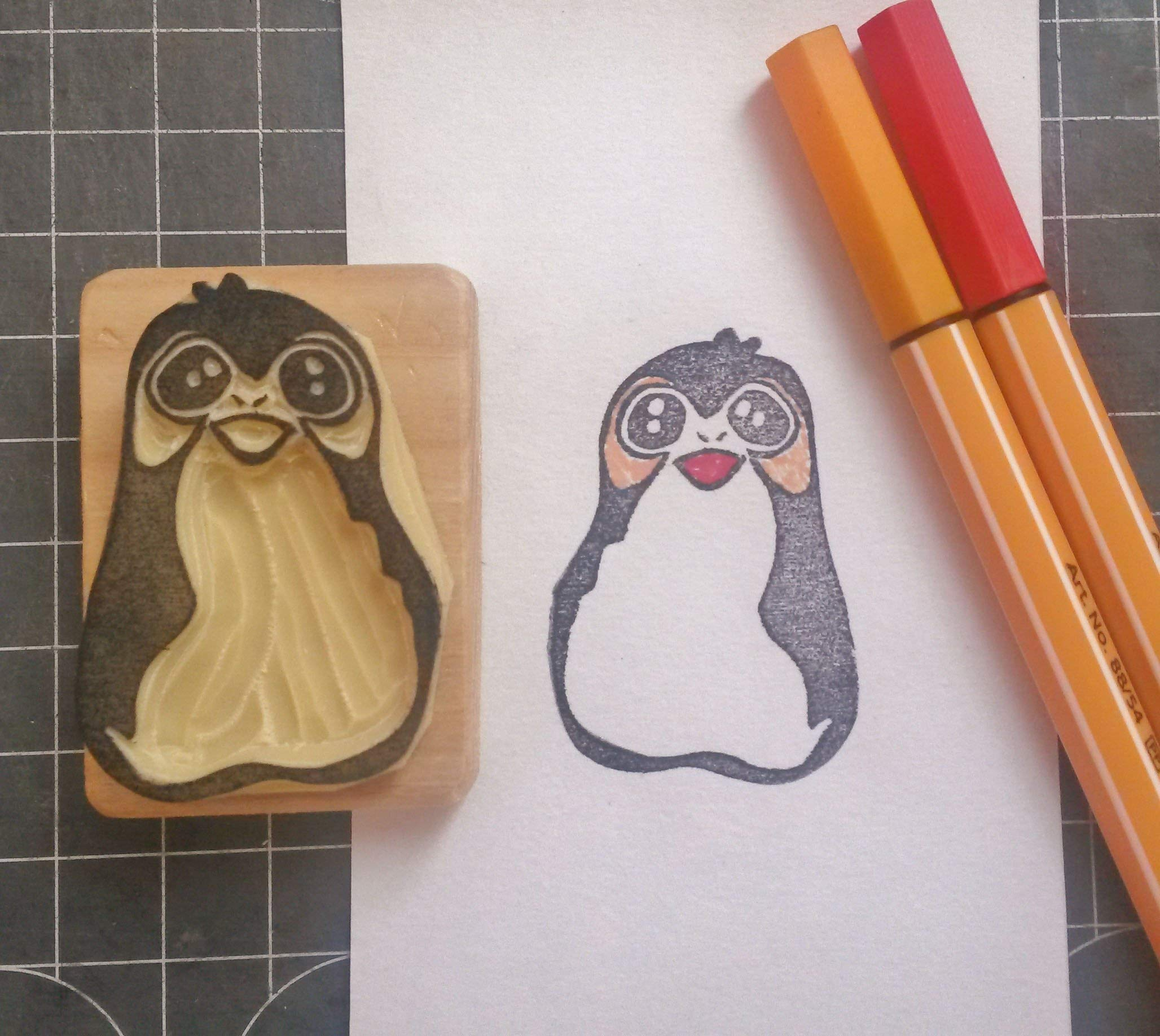 Happy Porg from Star Wars VIII - The Last Jedi - Hand carved rubber stamp